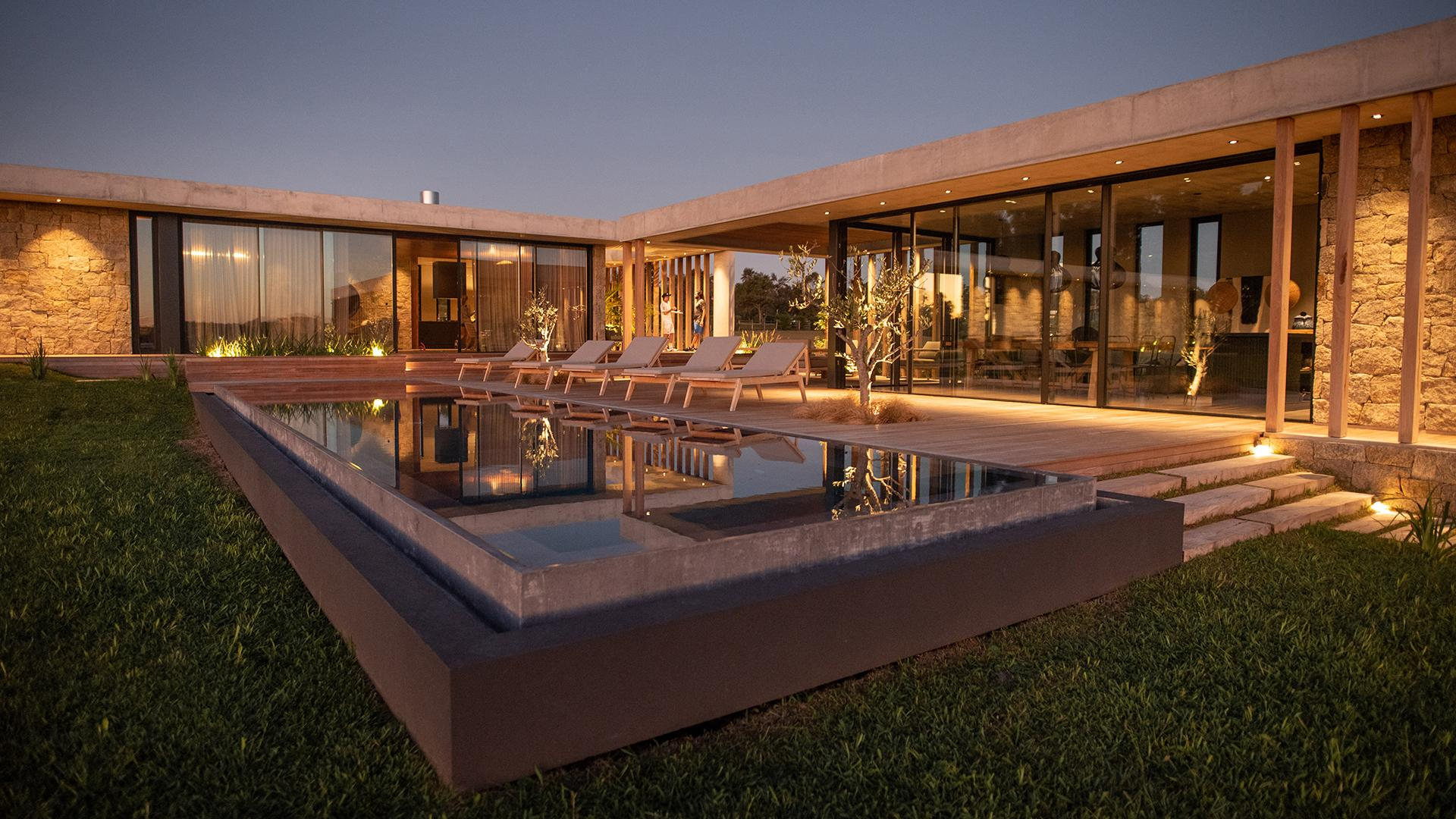 Modern Luxury Villa located in Manantiales, Punta del Este, Uruguay, listed by Curiocity Villas.
