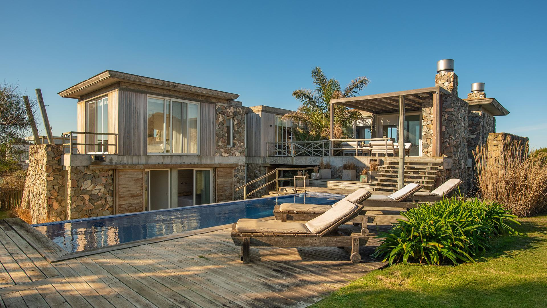 Ocean View Modern Villa  located in Jose Ignacio, Punta del Este, Uruguay, listed by Curiocity Villas.