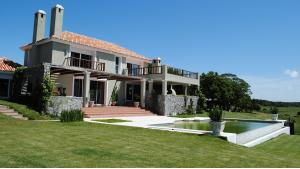 Tranquil Countryside Retreat located in Jose Ignacio, Punta del Este, Uruguay, listed by Curiocity Villas.