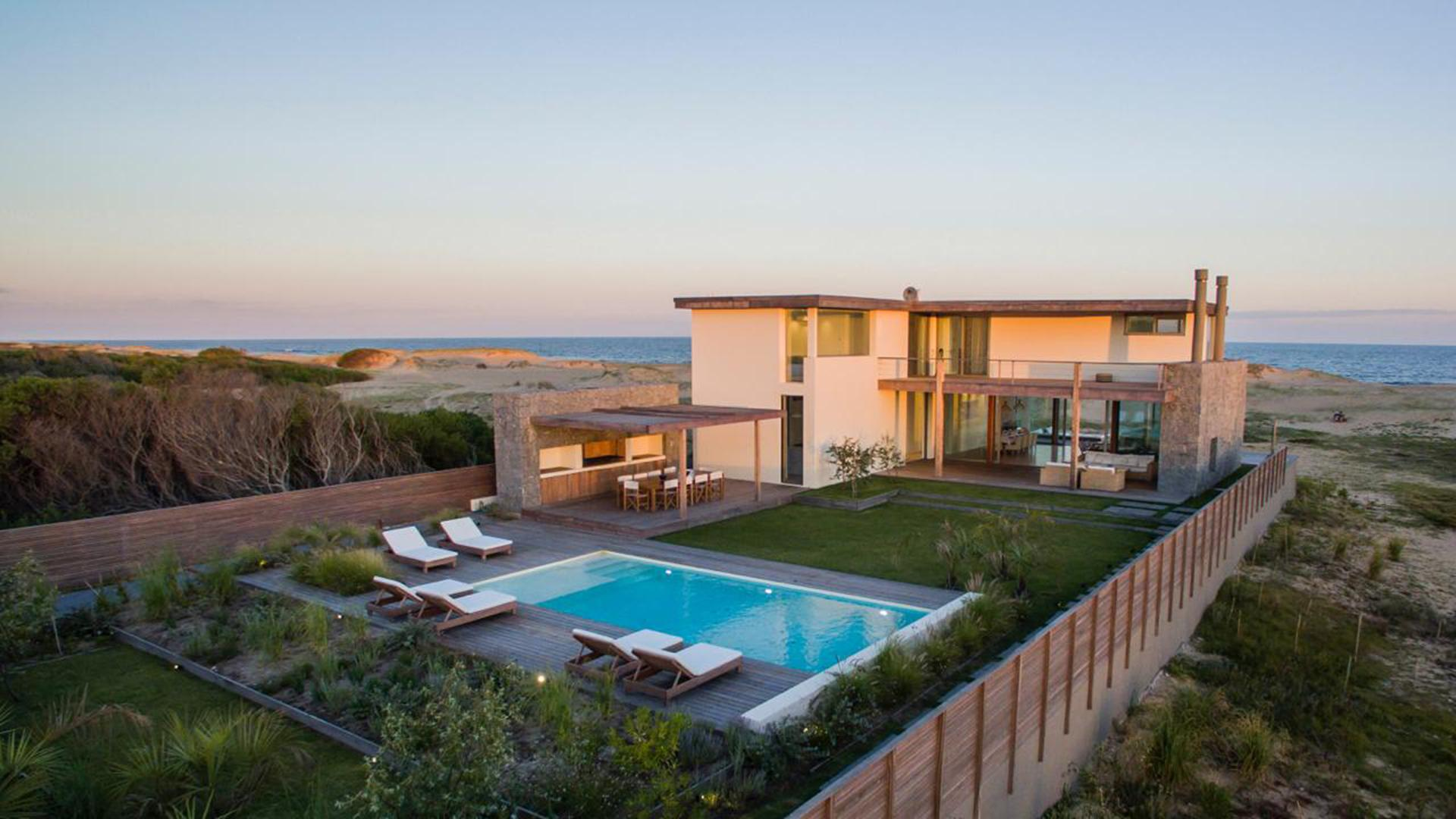 Luxury Beachfront Villa located in Jose Ignacio, Punta del Este, Uruguay, listed by Curiocity Villas.